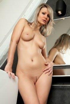 Samantha Jolie