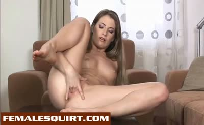 Cute babe gushing squirt and toying