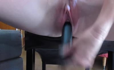 amateur playing with her self