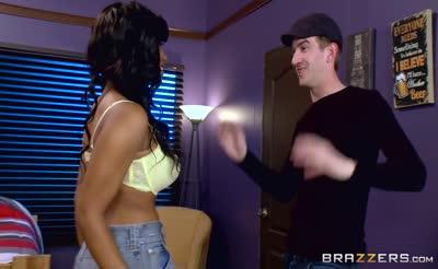 Brazzers - Sexy ebony Teen Jenna Foxx takes big cock