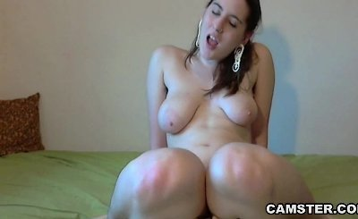 Hairy pussy loves to be pulled and fucked