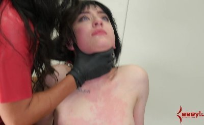 20 year-old alt girl gets assfucked and abused at psych ward