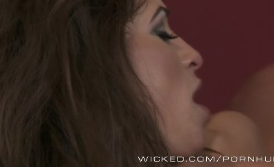 Amber Rayne sees anal in your future