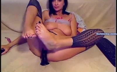 Anal Loving Babe on Webcam Fucking Her Holes With a Couple of Dildos