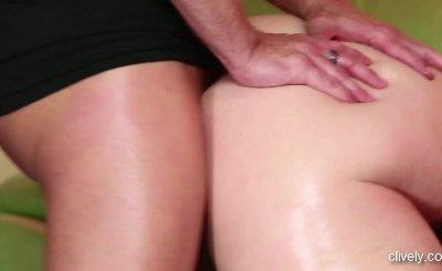 Big Tit Porn Babe Siri Suxxx Blowjob And Cumshot Fuck
