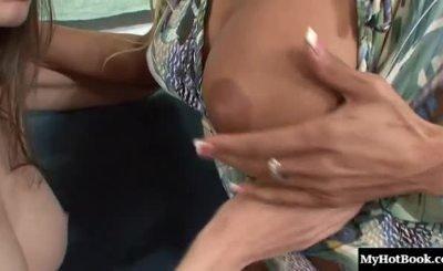 Claudia Valentine, Rilee Marks