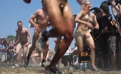 Danish Sexy Guys & Women Running Naked At Roskilde Festival 2010 (Denmark)