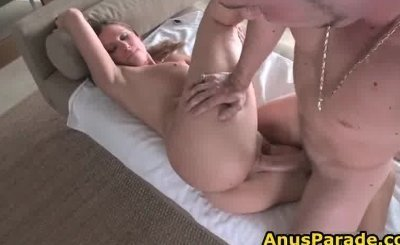 Enormous booty cunt rides enormous obese hardon part1