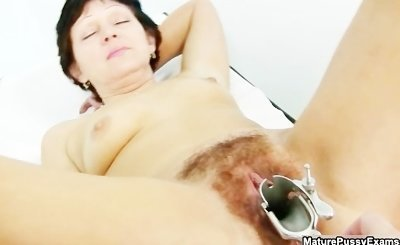 Hairy mature mom spreads wide and gets part6