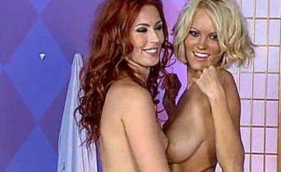 Hanna Hilton & Alexandra