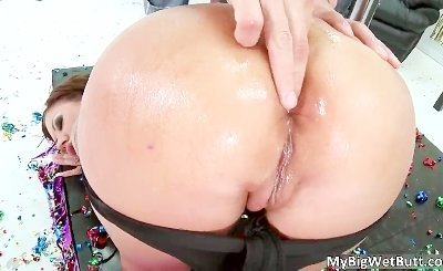 Hot ass brunette slut Mason Moore blows Scott Nails stiff boner by MyBigWet