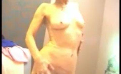 LadiesErotic Amateur granny striptease