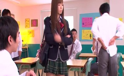 Little japanese schoolgirl jizzed on