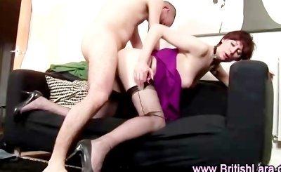 Mature british lady in stockings fucks amateur