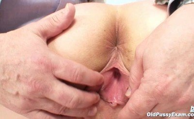 mature gyno old pussy exam clinic gyno doctor milf granny