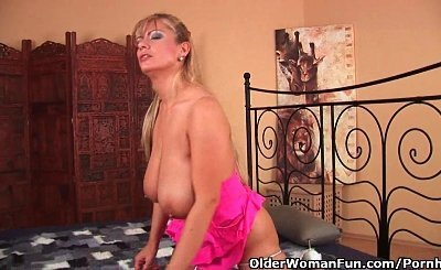 Mature Mom With Massive Tits Gets A Facial