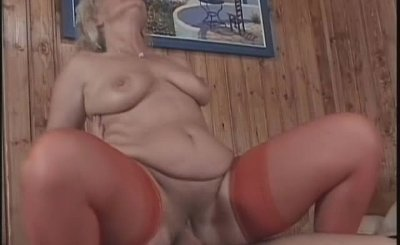 Nasty blonde MILF gets fucked hard up her tight wet pussy by BangedGrannies