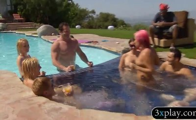 Nasty couples swinging and had oral sex by the pool