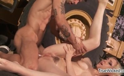 Sexy blonde babe gets her hairy cunt