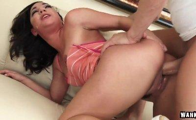Sexy Amara Romani Accidentally Gets Creampied