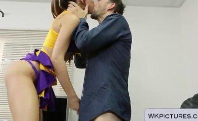 Skinny cheerleader Riley Reid suckin on his huge cock