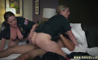 Small tits brunette creampie and chinese police first time Noise