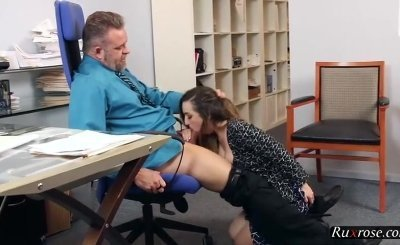 Stepdaughter fucking her daddy at the office HD