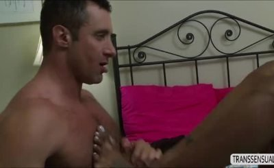 TS Natissa fucked by a gigantic dick